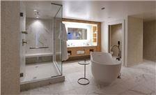 Hilton Norfolk The Main - Presidential Suite Bathroom