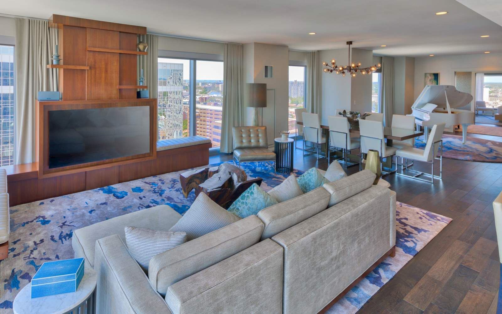 Upgrade To Our Spacious Norfolk Presidential Suite The Main